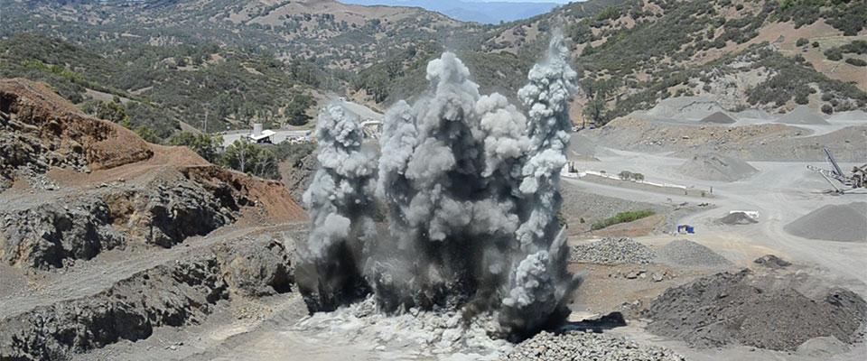 HighSierraBlasting-web-quarry-1501-1